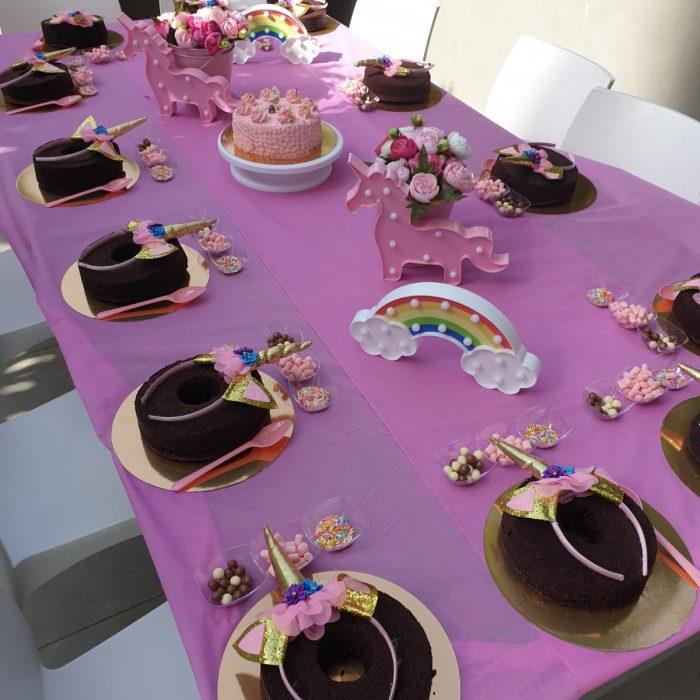 סדנת אפייה של עוגות מוס