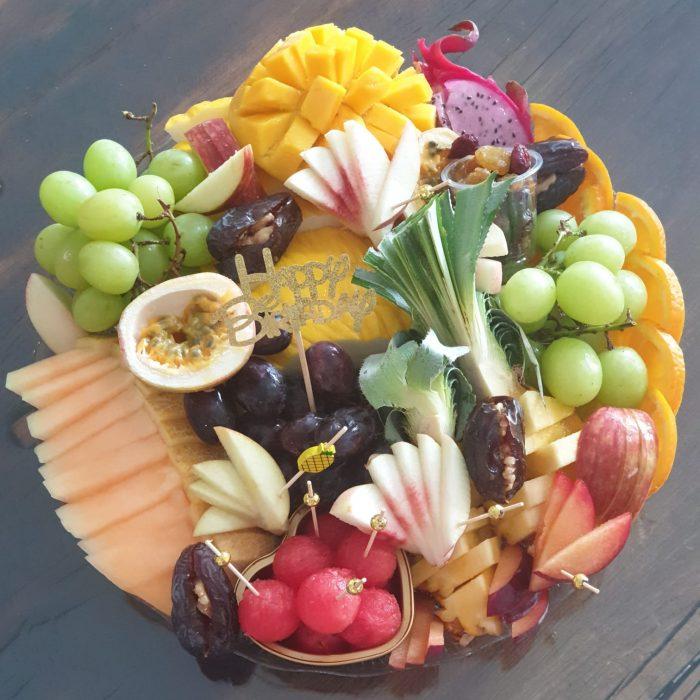 מגש פירות גדול להזמנה